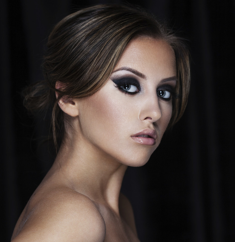 Makeup Artist in Sandhurst, Camberley, Crowthorne, Berkshire, Surrey, Prom, Bridal, Weddings, Special occasions