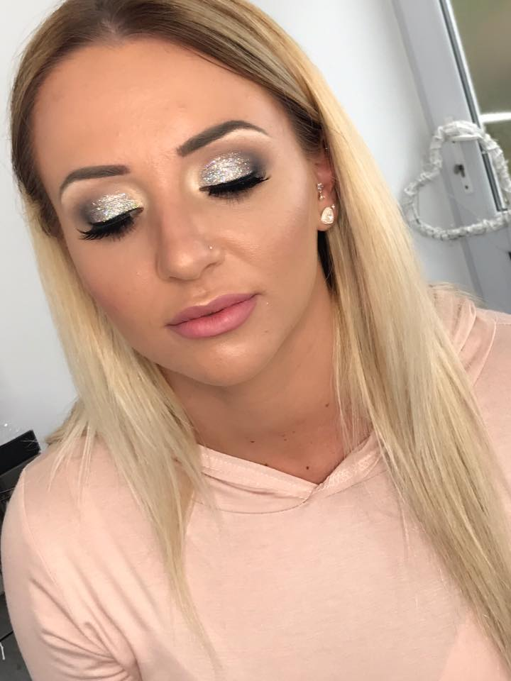 Makeup Artist Hampshire, Berkshire, Surrey, Sandhurst, Blackwater, Wokingham, Reading, Aldershot, Ascot, Bracknell, Farnborough, Fleet, Camberley, Bridal Makeup Artist, MAC, Frimley, Bracknell