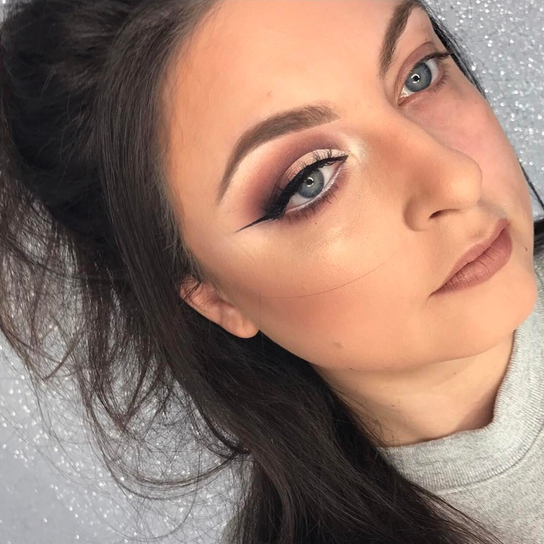 Makeup Artist Berkshire, Hampshire, Surrey, Special occasions, Prom, Weddings, Bridal, Camberley, Sandhurst, Fleet, Farnborough, Crowthorne