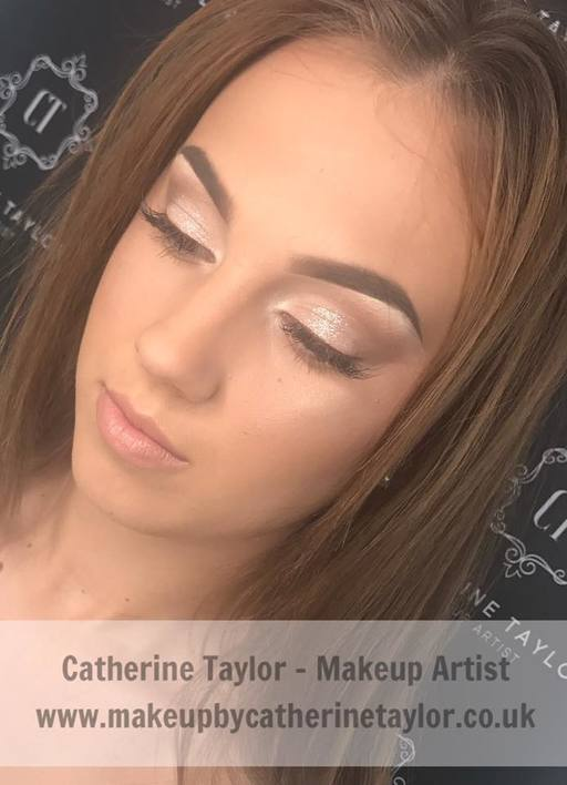 Makeup Artist Berkshire, Hampshire, Surrey, Wokingham, Fleet, Farnborough, Hook, UK, Basingstoke, Reading, Bracknell, Wokingham, Woking, Crowthorne, Camberley, Hawley, Farnham
