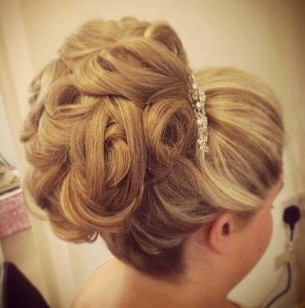 Bridal Hair and Makeup stylist Surrey, Berkshire, Hampshire